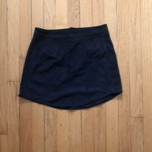 Kendall & Kylie black mini skirt